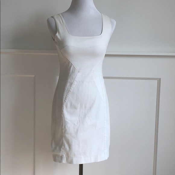 D&G Dresses & Skirts - D&G White cotton zip up dress